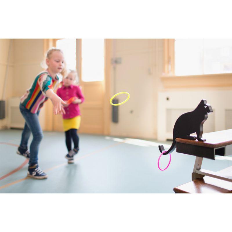 Anneaux-chat : Un jouet en bois déco et ludique.