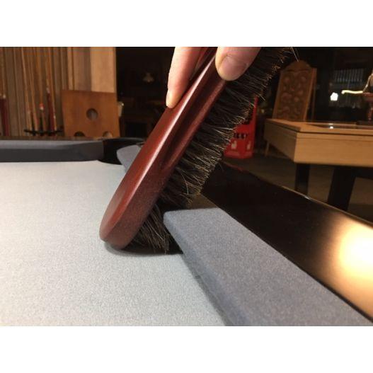 Brosse sous bande tissu billard
