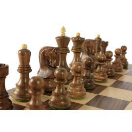 Le beau jeu d'échecs / finition Acacia et buis (personnalisable)