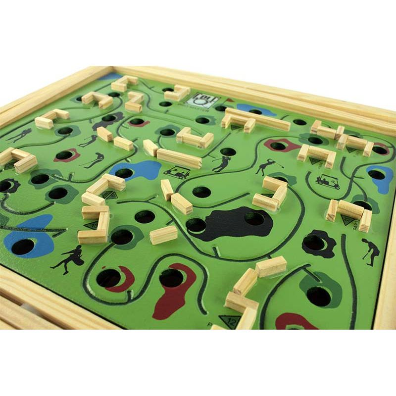 labyrinthe en bois avec bille