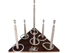 Fabricant d'anneaux quilles, un jouet traditionnel en bois