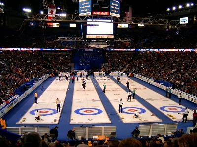 Compétition de curling sur glace